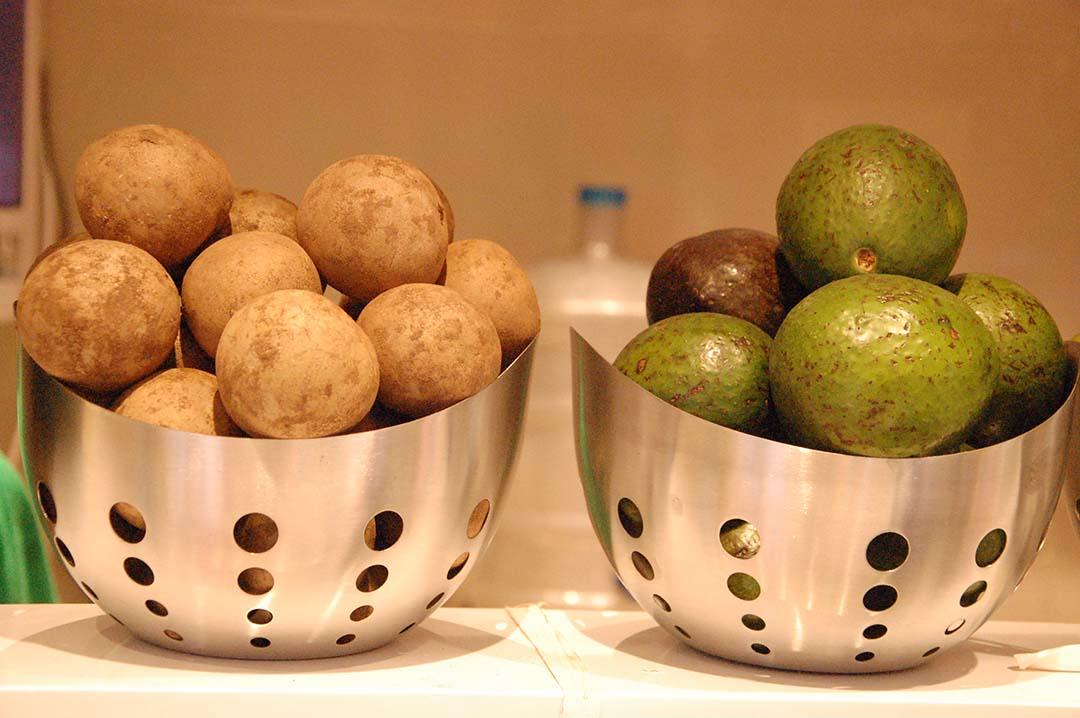 Lassighar Fruits